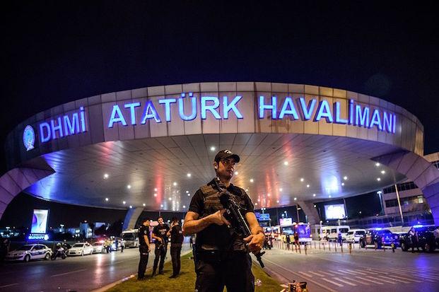 TOPSHOT-TURKEY-ATTACK-AIRPORT