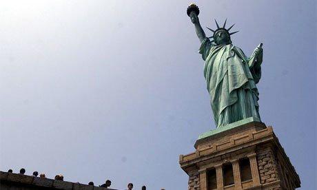 Statuja Lirise